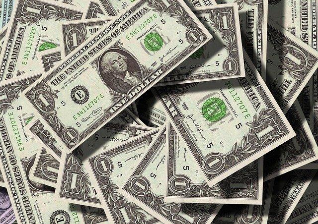 peníze, bankovky